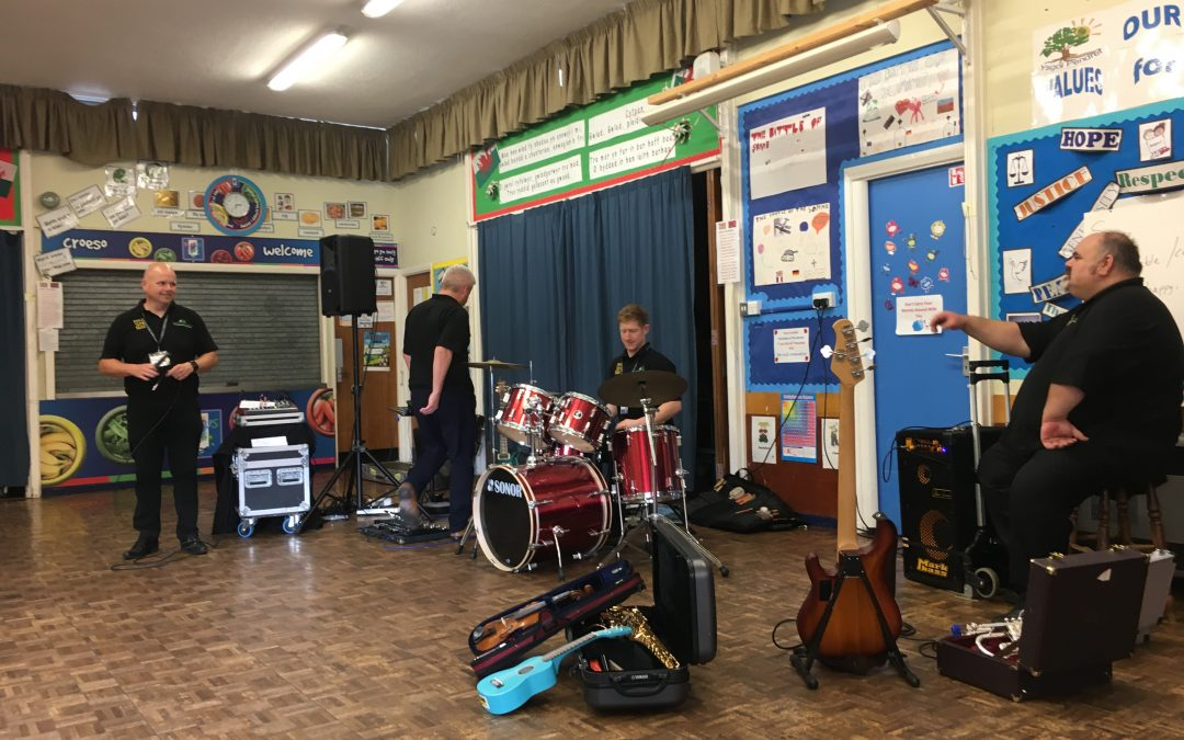 Making Some Noise in Ysgol pendref!
