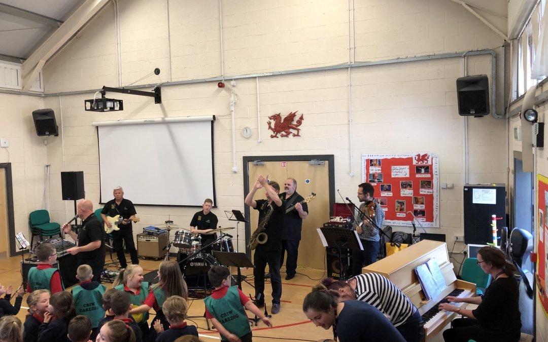 Make Some Noise visits Ysgol Y Llys